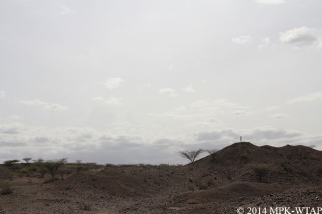2014_Sonia surveying near LOM3