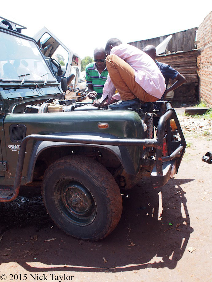 2015_Fixing the Rover, Kitale