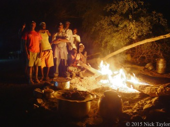 2015_The kitchen crew by the fire