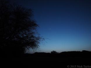2015_Venus, Jupiter, and the crescent moon at camp