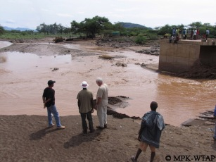Crossing the river to get to Turkana_5