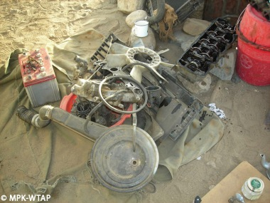 rebuilding the car engine_2