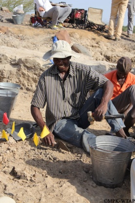 2016_Julias excavating at Nasura 3