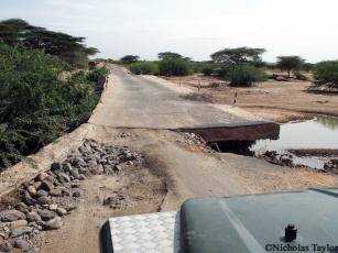 2016_Water under a troubled bridge