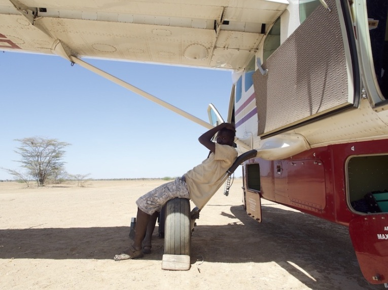 Ready to takoff from the dry lakebed on Air Turkana