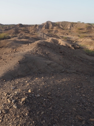 Typical geology in the Lomekwi area